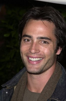 Melrose Place ficha a Victor Webster y a Kelly Carlson